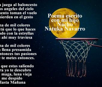 La luna juega al baloncesto